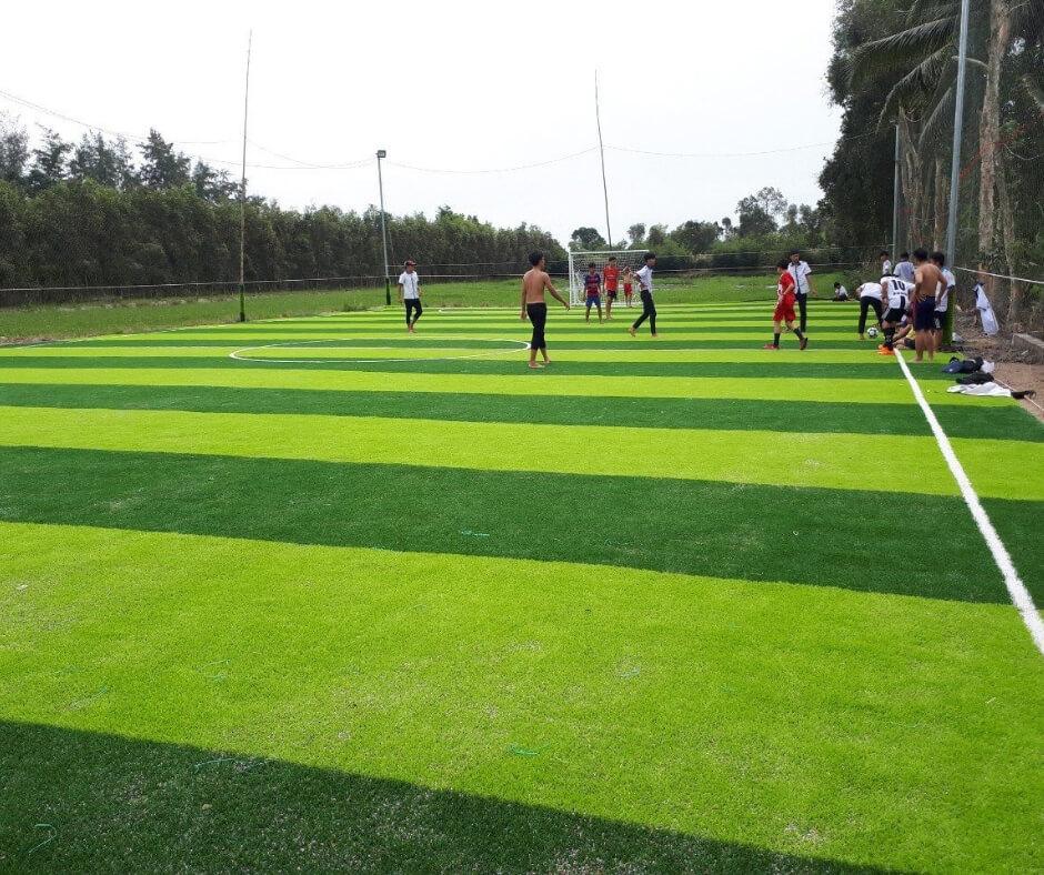 Thi công sân bóng đá cỏ nhân tạo Đồng Tháp